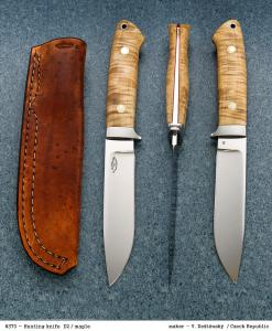 No.370 - Hunting knife D2/Maple